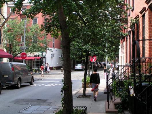 Hudson Street, West Village (via cyburbia.org)