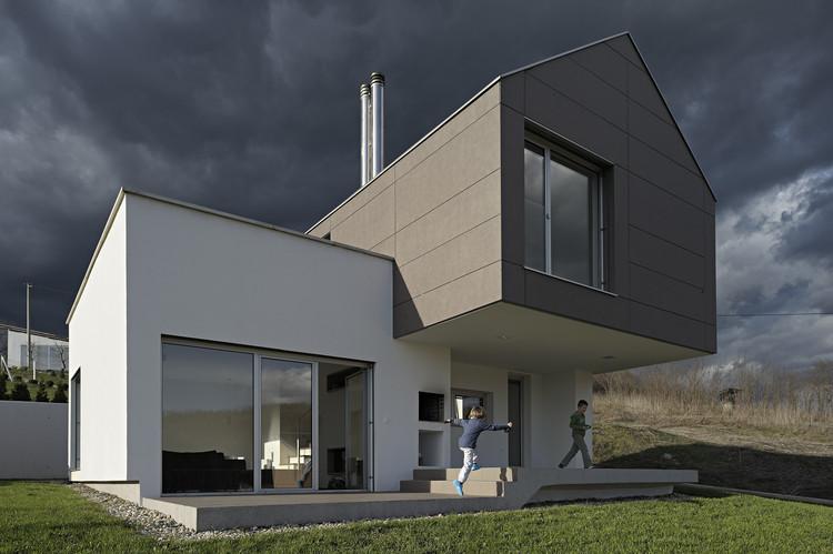GV-17 House / SANGRAD + AVP Arhitekti, © Sandro Lendler