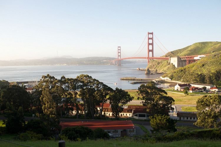 The Presidio Trust de São Francisco anuncia os 3 Finalistas do Concurso para Centro Cultural, Fort Baker Golden Gate National Recreation Area; © The City Project via Flickr; Licensed via Creative Commons