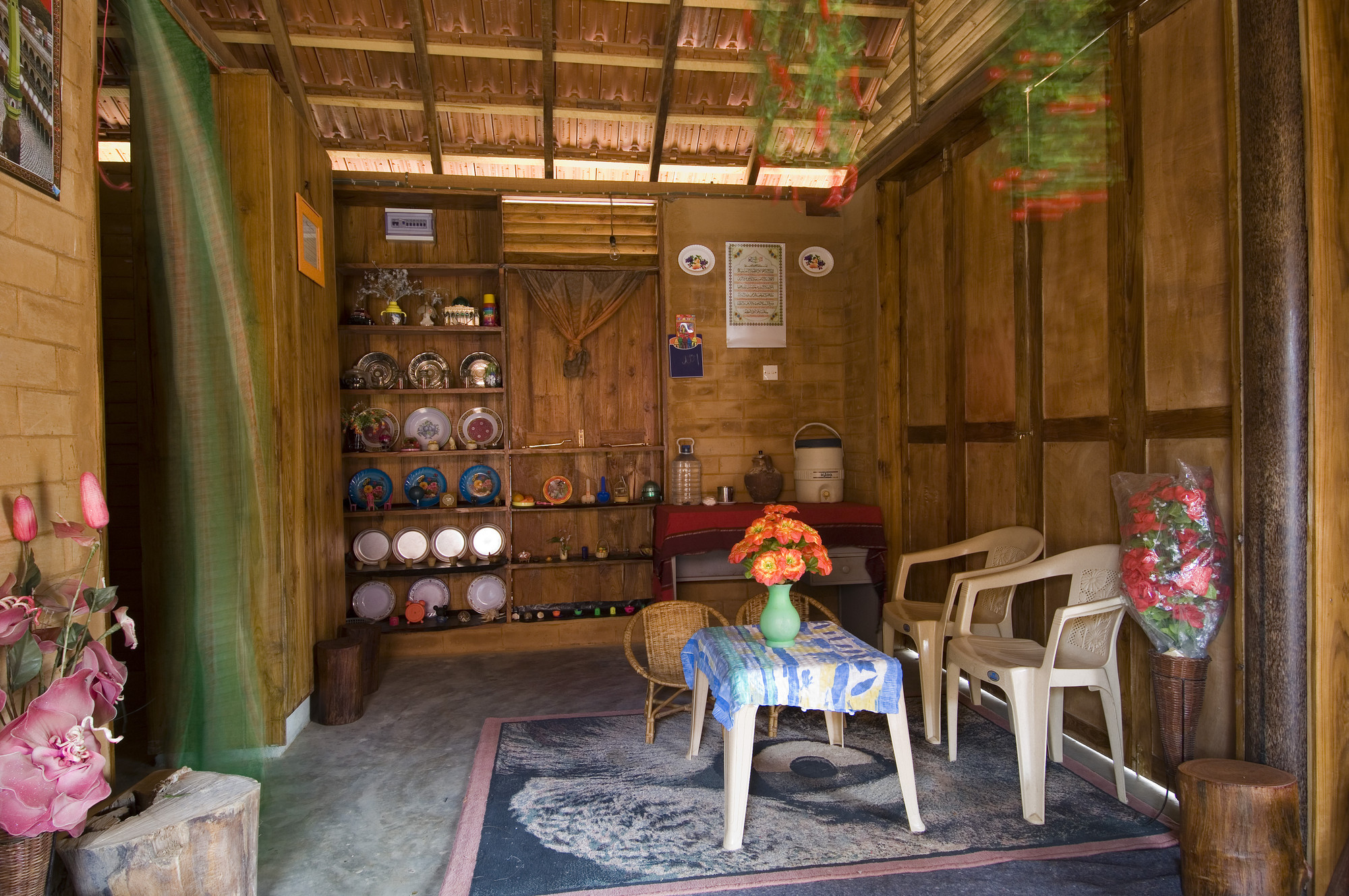 Gallery of post tsunami housing shigeru ban architects 5 for Old indian house interior
