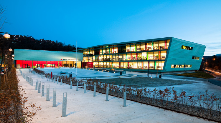 Nordahl Grieg High School / LINK arkitektur, © Hundven-Clements Photography
