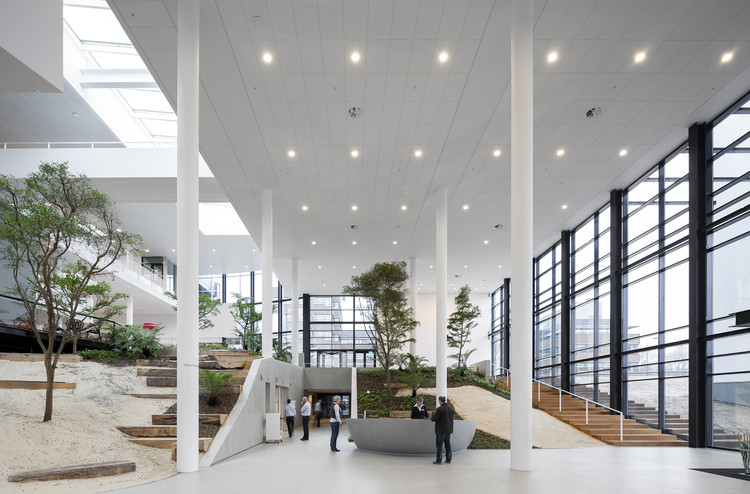 Conference Center In Corporate Campus Apeldoorn Adp Architects Archdaily