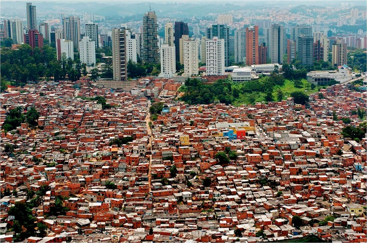 Iniciam-se os planos de repovoação do centro de São Paulo