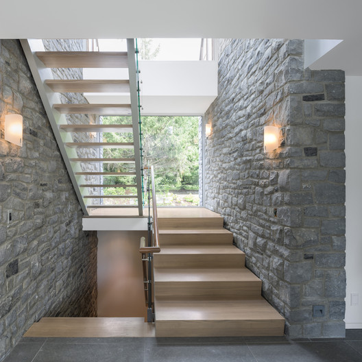 Courtesy of doublespace photography and Barry J.Hobin & Associates Architects Inc.