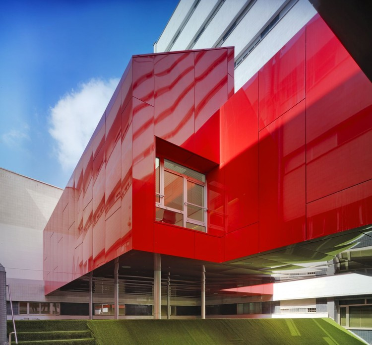 University Hospital Cafeteria / Sol89, © Jesús Granada