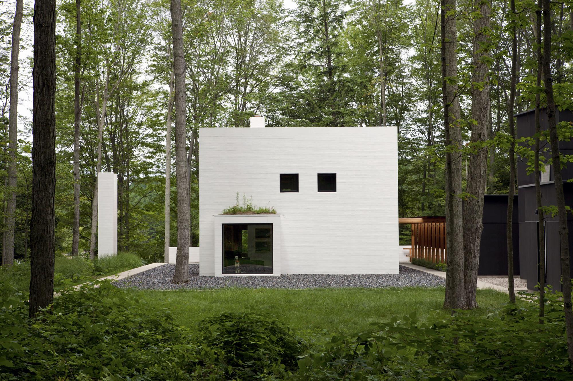 Yingst Retreat / Salmela Architect