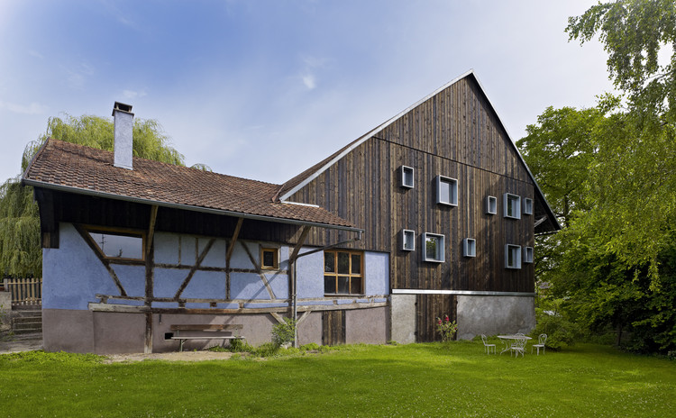 Farm Building Renovation / Loïc Picquet Architecte, © Stéphane Spach