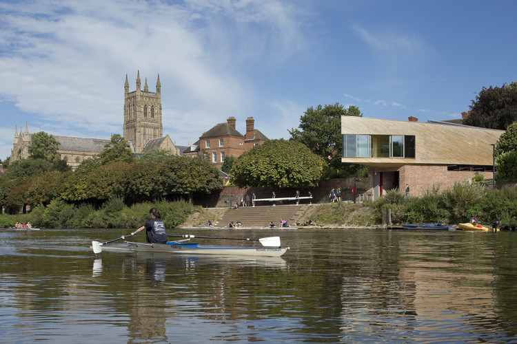 Michael Baker Boathouse / Associated Architects, © Martine Hamilton Knight