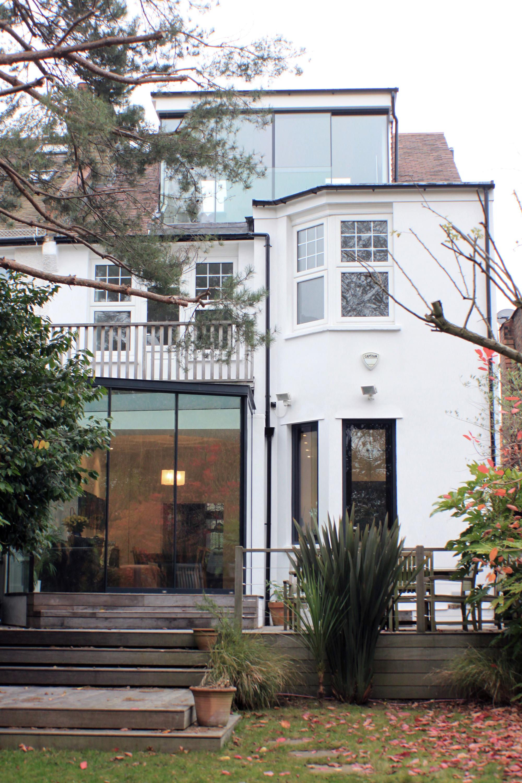 Casa Jardín / Robert Hirschfield Architects