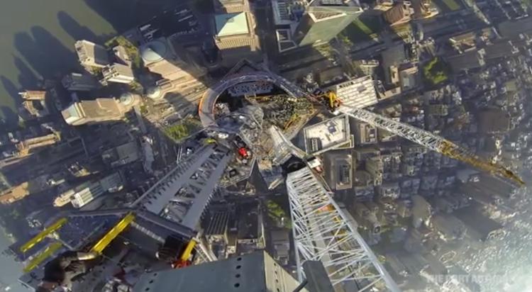 Vídeo: One World Trade Center chega ao topo, Screen Shot