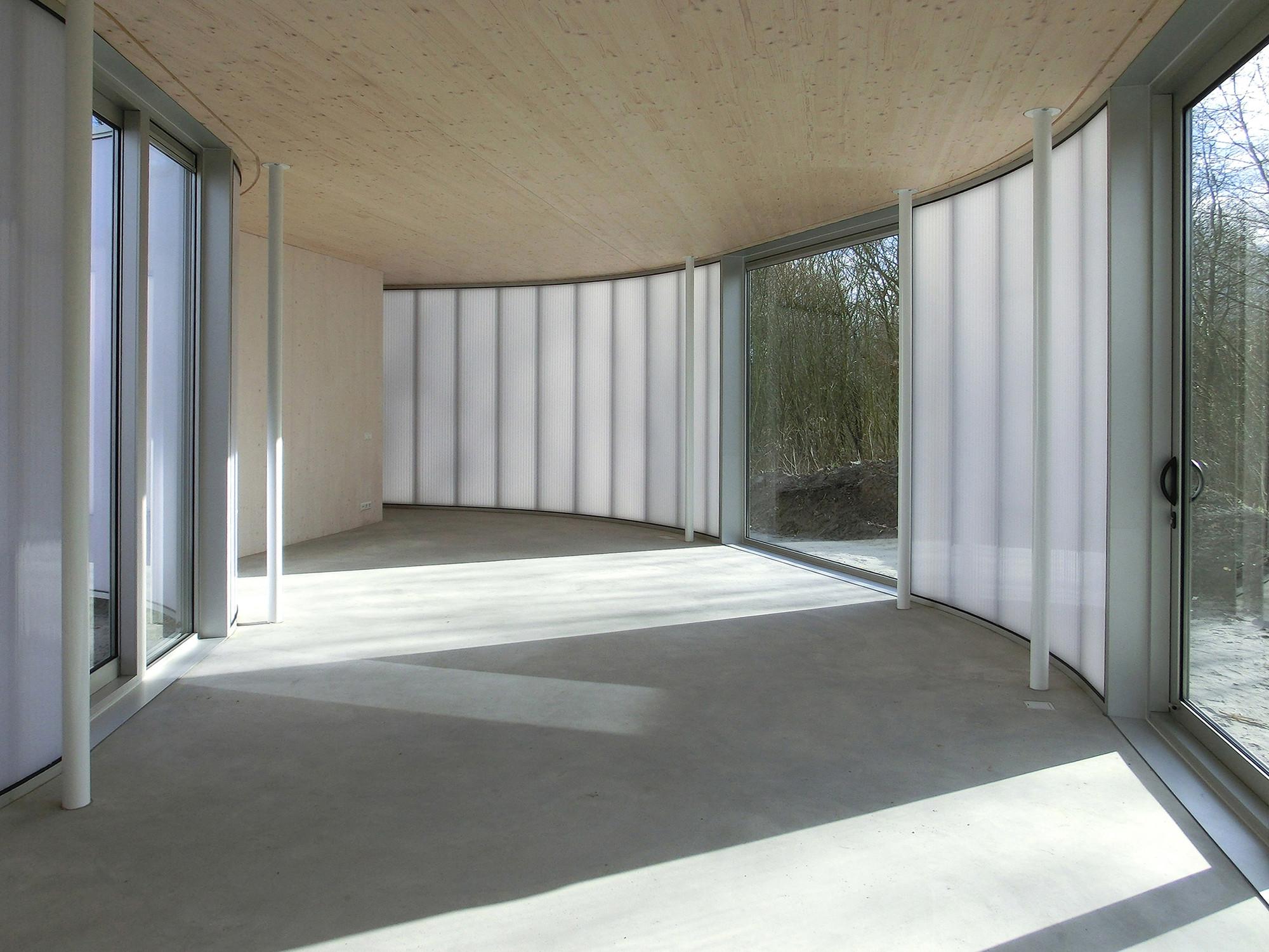 Clearing Almere / Frank Goerge