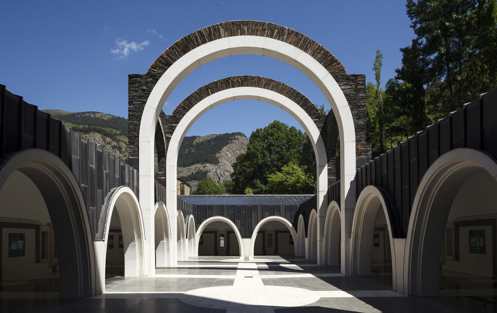 Classic: Maritxell Sanctuary / Ricardo Bofill, Courtesy of Ricardo Bofill