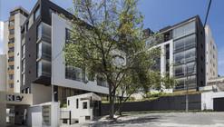 Edifício Onyx / Diez + Muller  Arquitectos