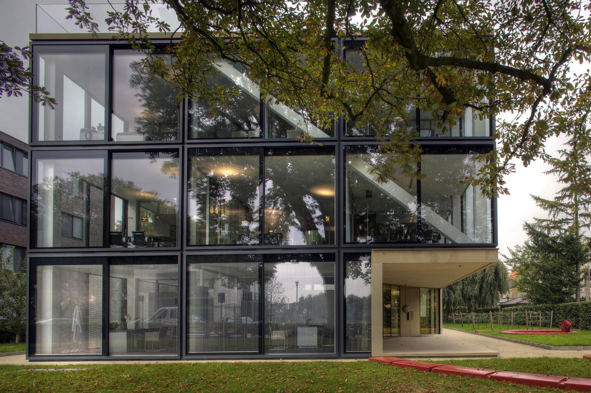 gallery of office building allmann sattler wappner. Black Bedroom Furniture Sets. Home Design Ideas