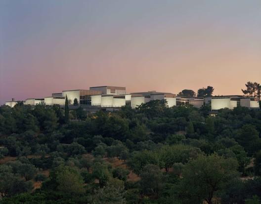 Israel Museum / James Carpenter Design Associates + Efrat Kowalsky Architects