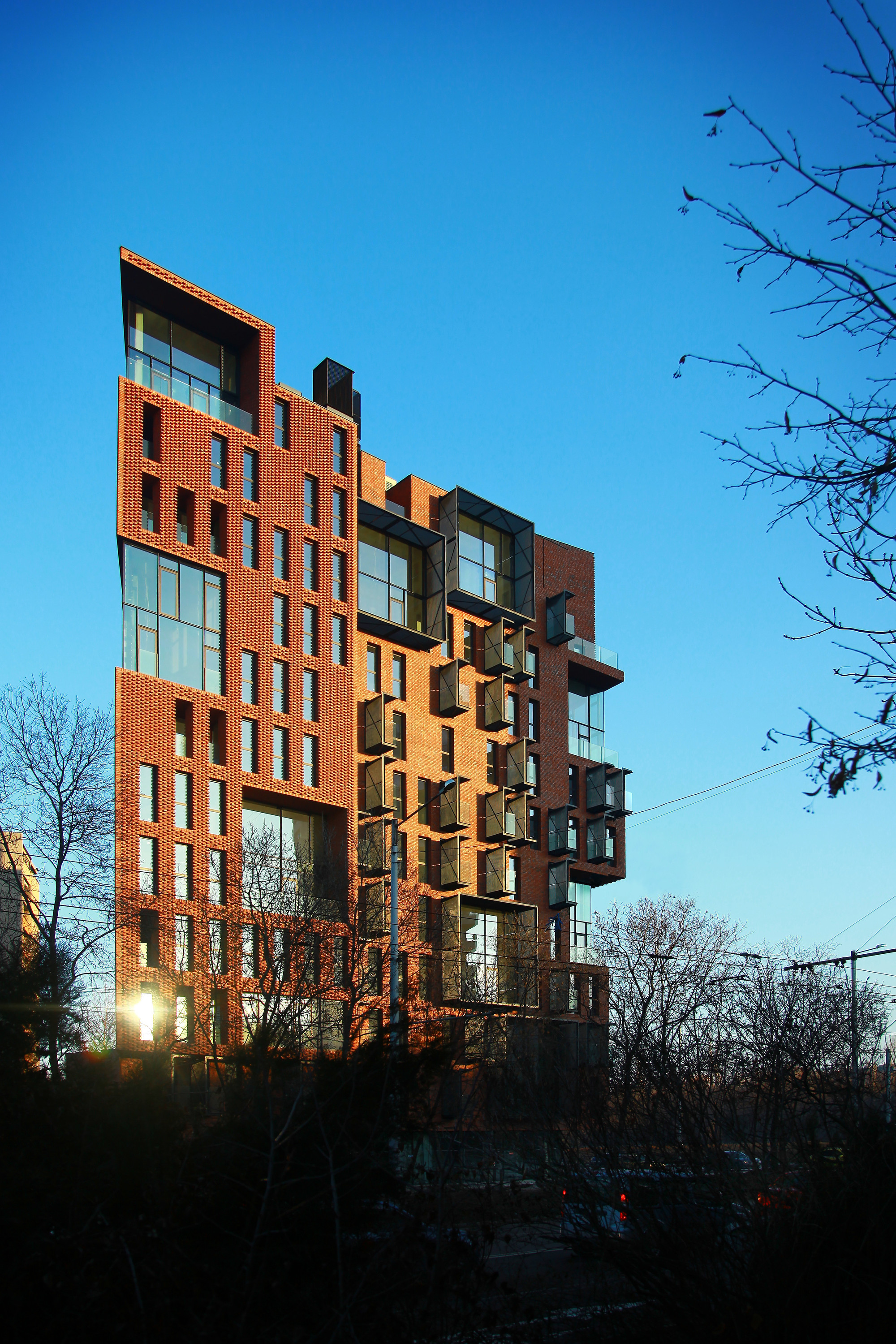 Gallery of Red Apple Apartment Building / Aedes Studio - 6