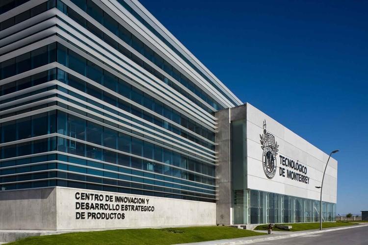 Centro de Innovación y Desarrollo estratégico de productos del Tecnologico de Monterrey  (CIDEP) / Bernardo Hinojosa, © Francisco Lubbert