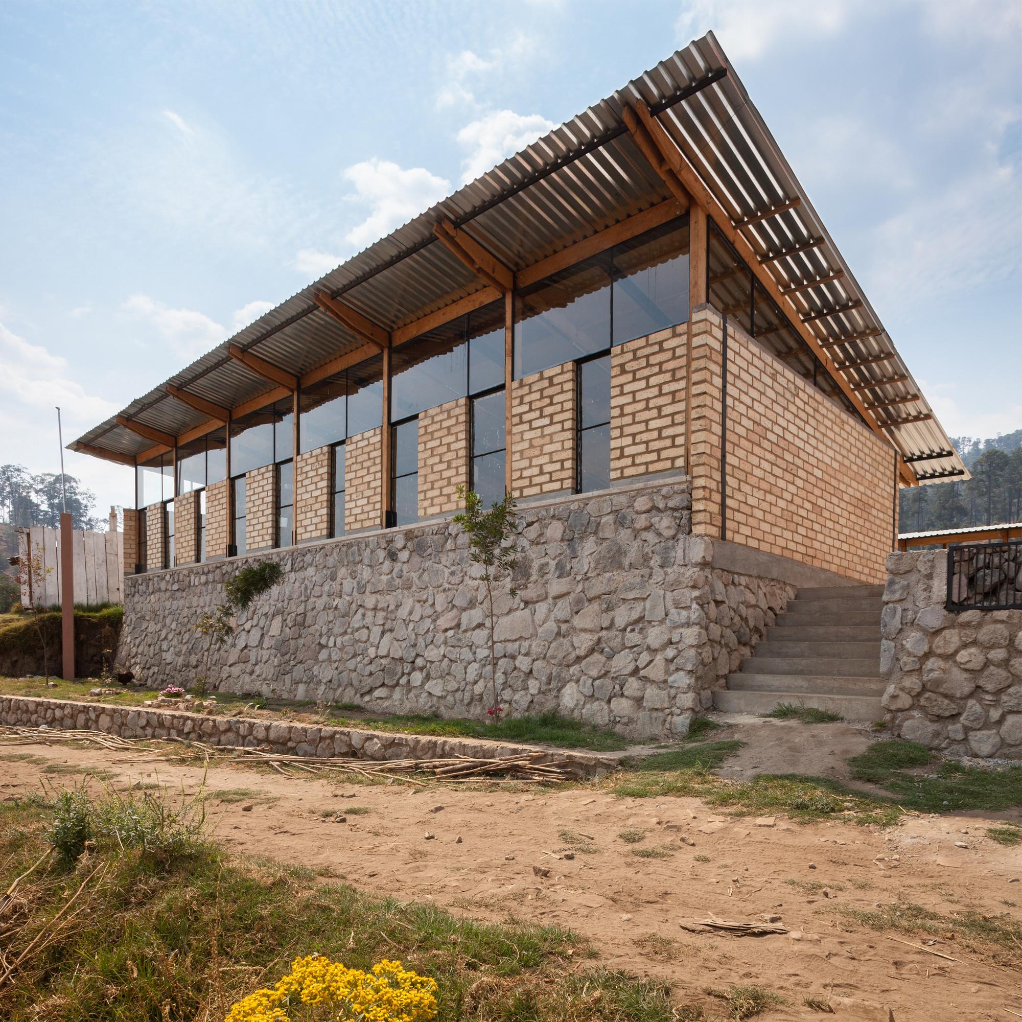 School for el coporito antonio pe a juan garay - Arquitectos en avila ...