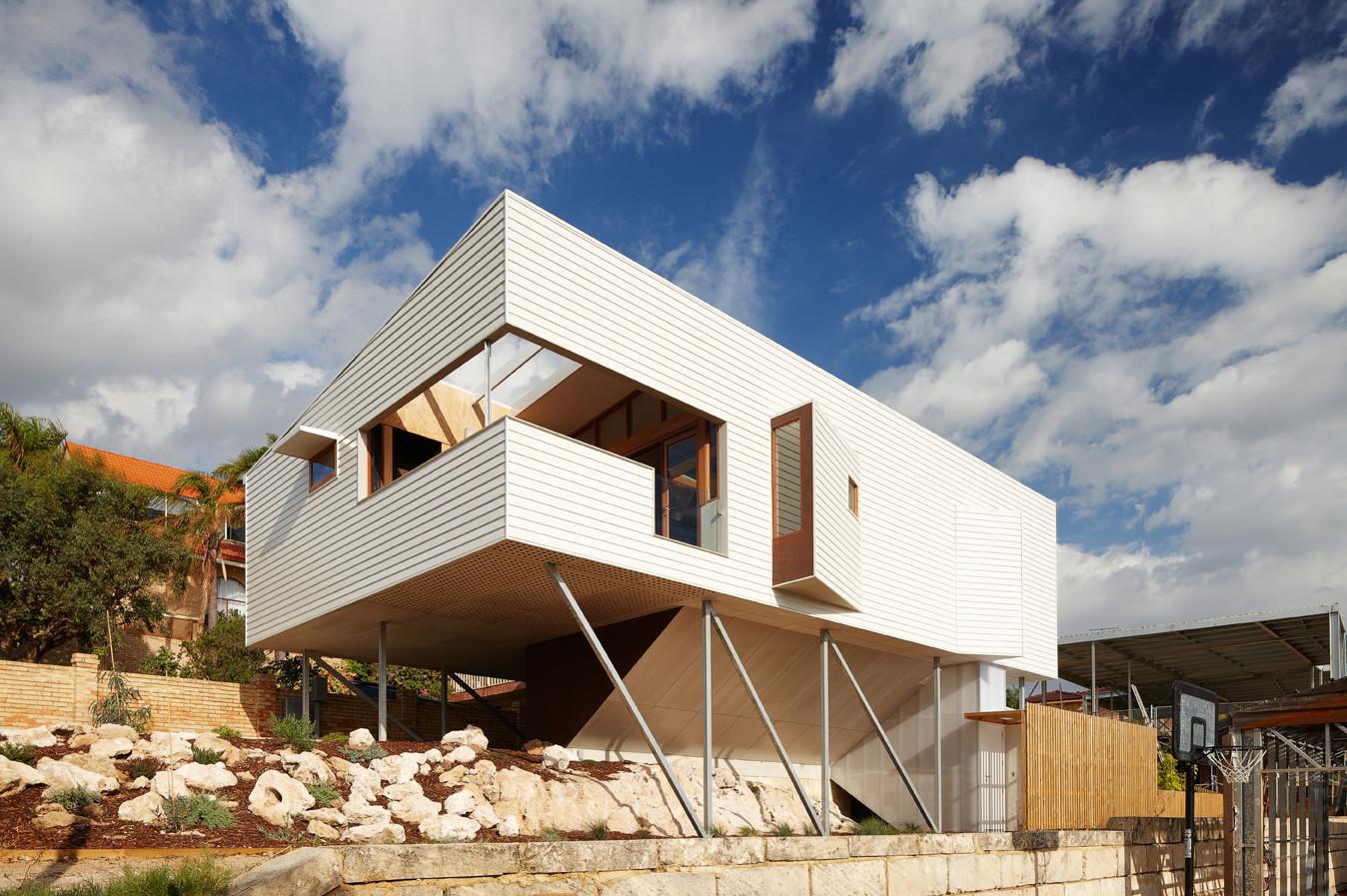 Suburban Beach House / David Barr + Ross Brewin, © Robert Frith