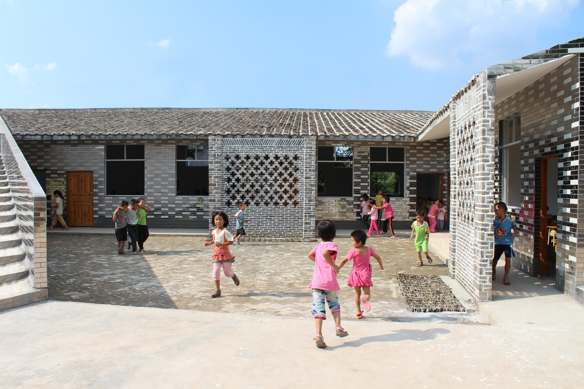 Mulan Primary School / Rural Urban Framework, Courtesy of Rural Urban Framework