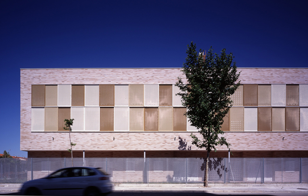 Tourist Apartments and Commercial Premises Valdelagrana / SV60 Arquitectos, © Jesús Granada