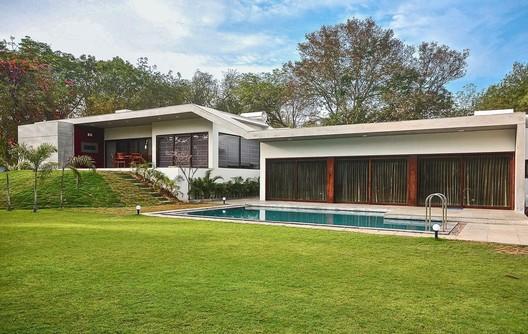 Casa Aranya / Modo designs