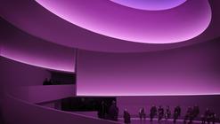Museo Guggenheim de Frank Lloyd Wright se transforma temporalmente bajo la intervención de Turrell
