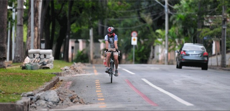 Prefeitura de BH anuncia mais 114 km de ciclovias, Obras na ciclovia da Av. Otacílio Negrão de Lima