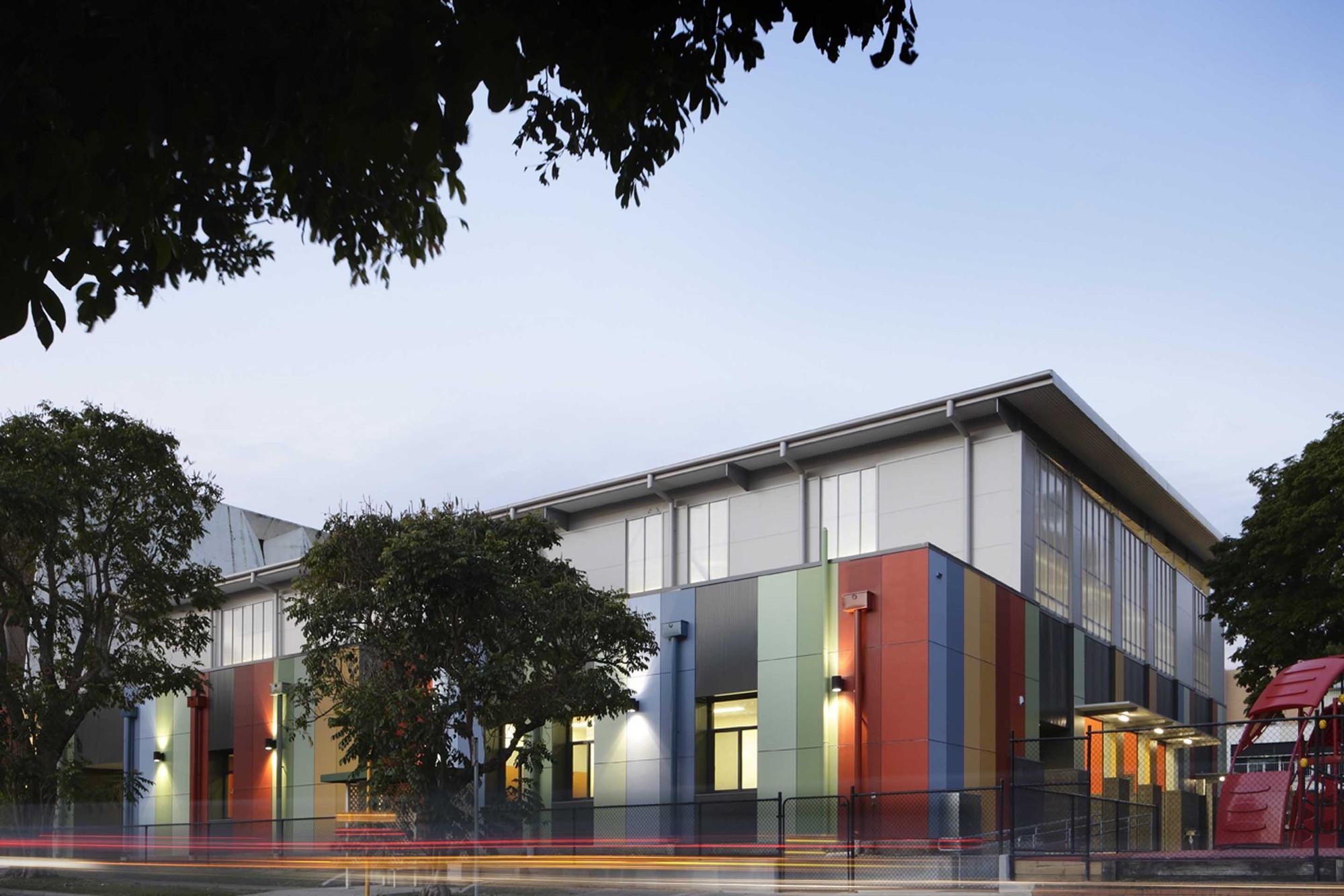 Holy Family School / Ferrier Baudet Architects, © David Sandison