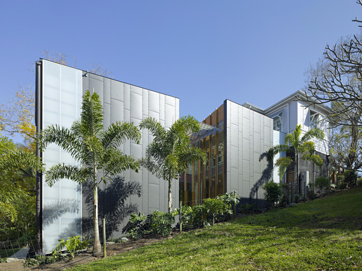 Taringa House / Loucas Zahos Architects