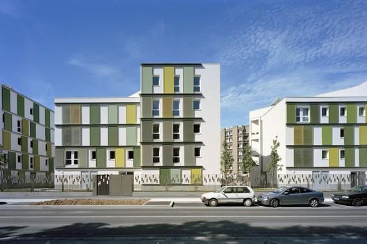 48 logements bbc atelier tarabusi archdaily. Black Bedroom Furniture Sets. Home Design Ideas