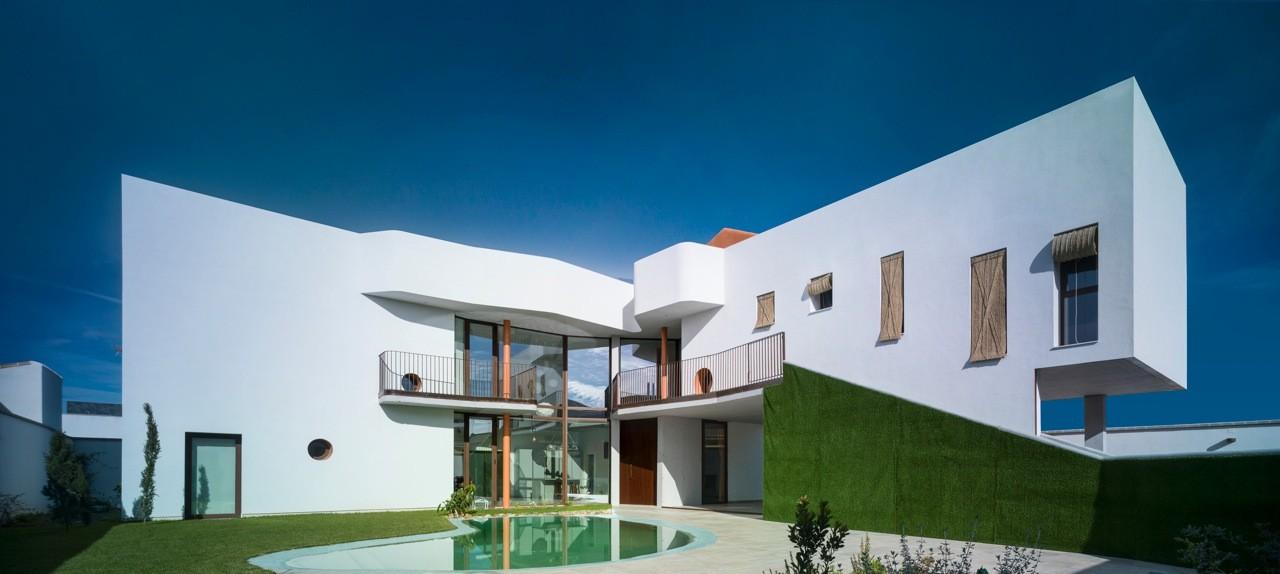 """Bird House"" Single family house / Semisótano arquitectos ( RGRM arquitectos) , © Jesús Granada"