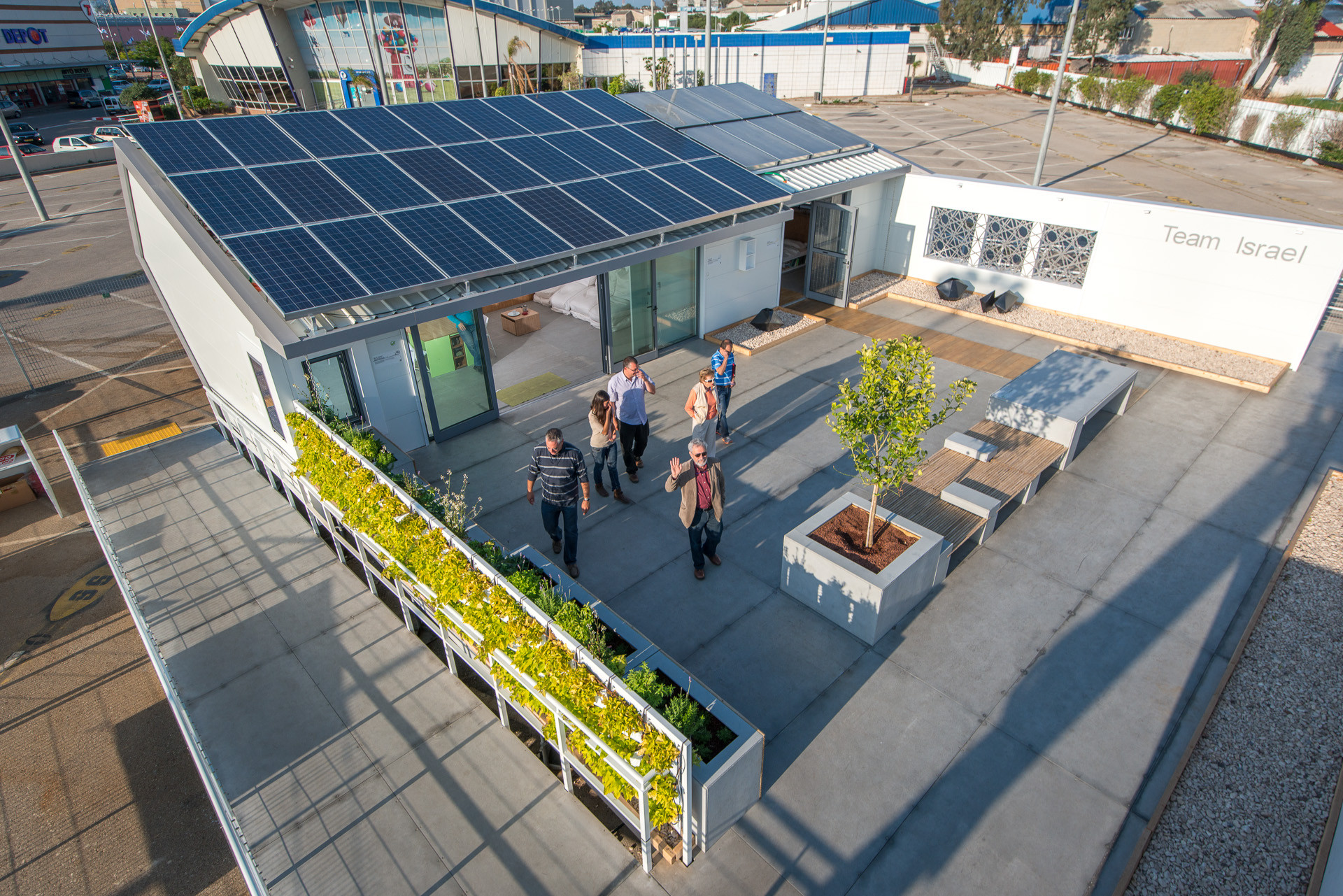First Israeli Team to Compete in The Solar Decathlon, © Lior Avitan, Courtesy of Solar Decathlon Team Israel