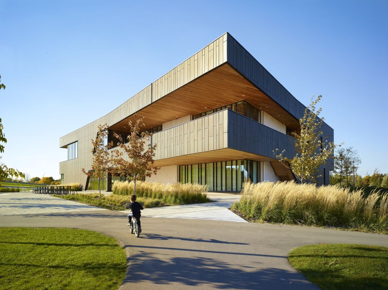 Reurbanización del Parque Chinguacousy / MacLennan Jaunkalns Miller Architects