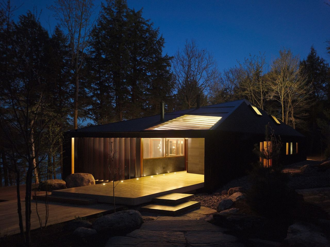 Clear Lake Cottage / MacLennan Jaunkalns Miller Architects   ArchDaily