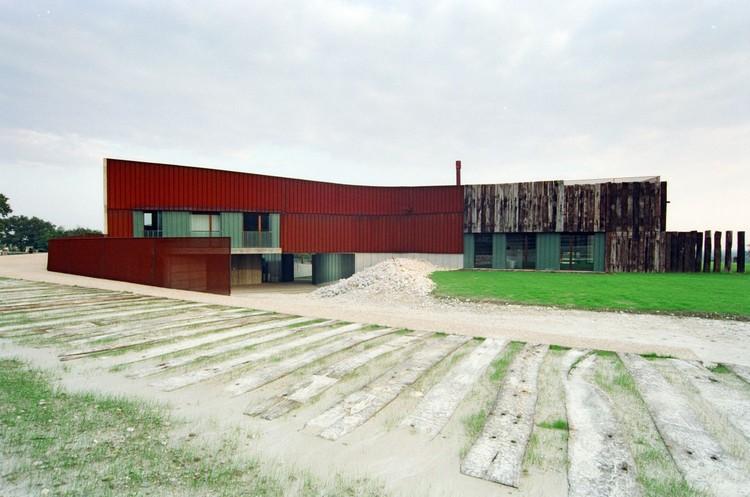 Casa de Rancho Yuppie + Granero / ELASTICOSPA + 3, © Betta Crovato