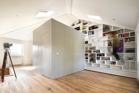 Loft Space in Camden / Craft Design