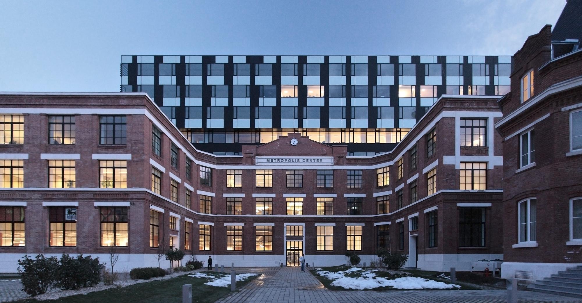 Metropolis Centre Bureau XII 100P ArchDaily