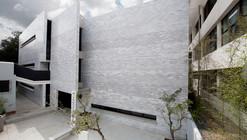 Koica Library / Solis Colomer Arquitectos
