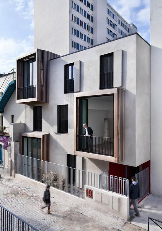 Tetris: habitação social e estúdios de artistas / Moussafir Architectes, © Luc Boegly