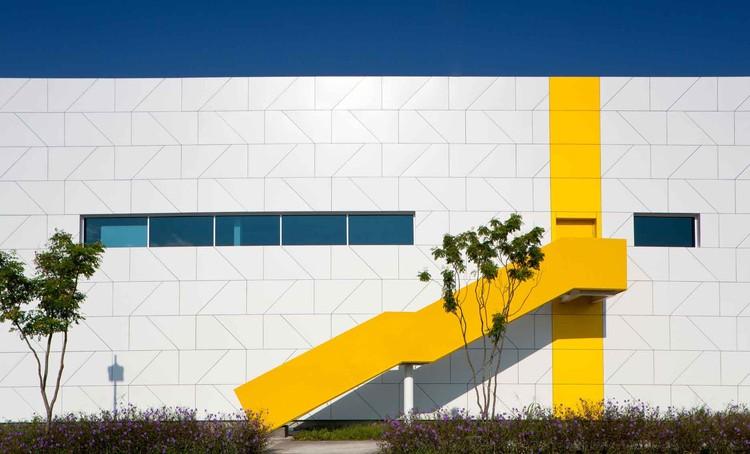 Centro de Tecnologia e Inovação XIGNUX / Bernardo Hinojosa, © Francisco Lubbert