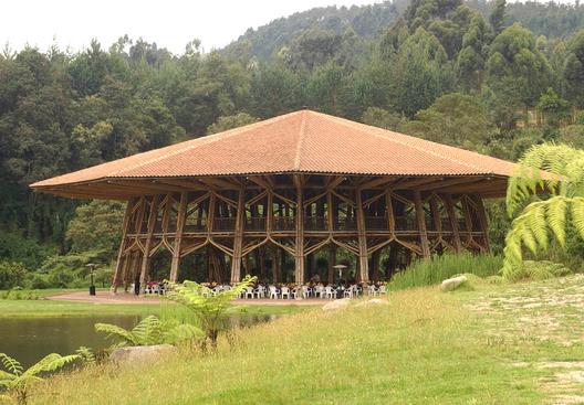 Arquitectura en Bambú: la obra de Simón Vélez | ArchDaily Colombia