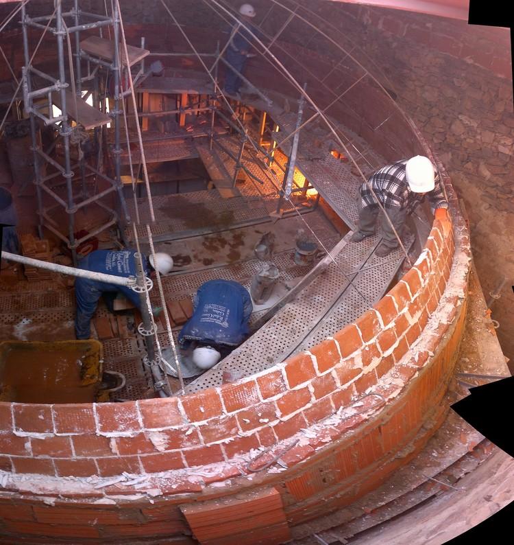 Reconstrucción en albañilería de la Cúpula de la Iglesia Parroquial de Valverde de Los Arroyos, Cortesía de Julio Jesús Palomino