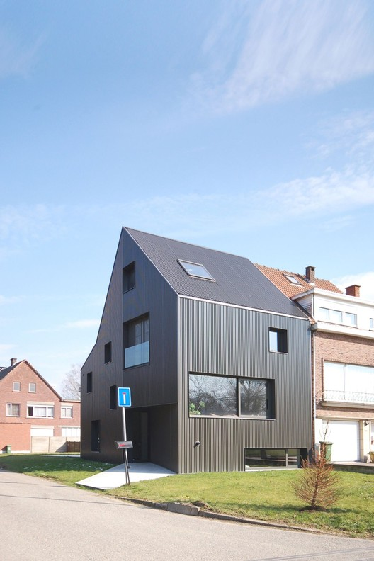 Casa em Wilrijk / Areal Architecten, Cortesia de Areal Architecten
