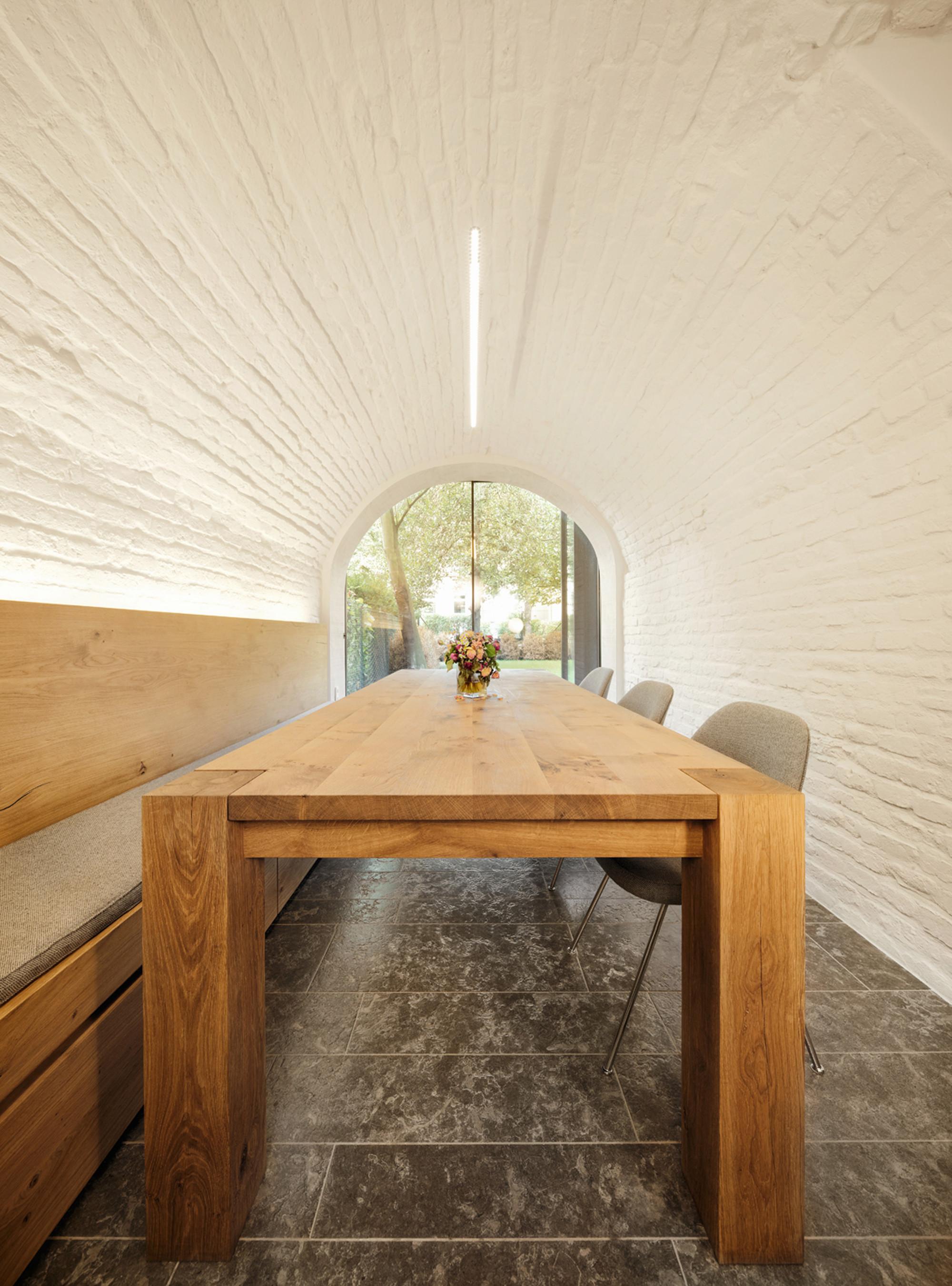 Pünktchen / Güth & Braun Architekten + DYNAMO Studio