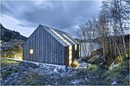 Boathouse by TYIN tegnestue / © Pasi Aalto