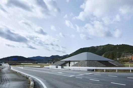 © Koji Fujii - Nacasa&Partners