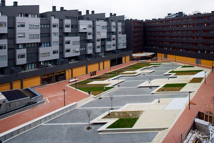Praça em Baracaldo / Linazasoro Arquitectura, © Miguel de Guzmán