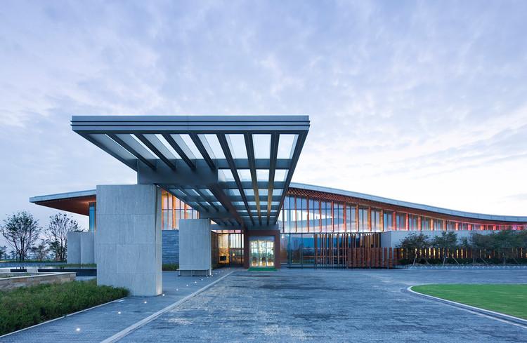 Anunciados os vencedores do Los Angeles Architectural  2013 , Prêmio de Edifícios da Hotelaria: Jack Nicklaus Golf Club Korea – Clubhouse / Yazdani Studio of Cannon Design + Heerim Architects and Planners
