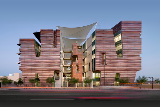 """Best of L.A. Architects"" Award: Health Sciences Education Building (Phoenix, AZ) / CO Architects + Ayers Saint Gross"